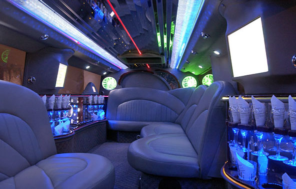 SUV Hummer Stretch Limos from Silver Image Limo in Dallas TX